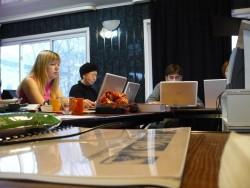 Russian Kids Are Adopting eBooks as Fast as US Kids - 48% Now Read eBooks surveys & polls