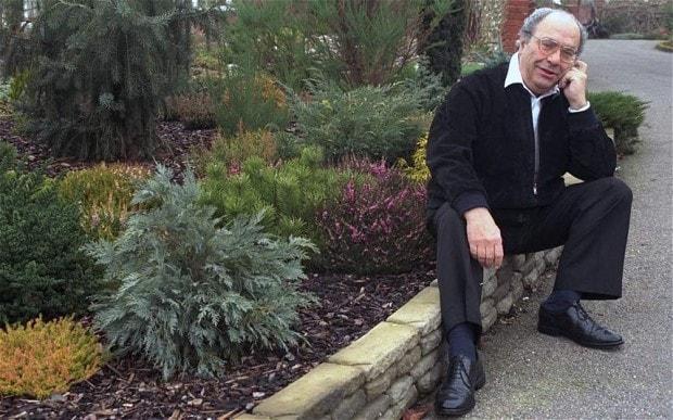 dr david hessayon Rboles y arbustos de jard n manual de cultivo y conservaci n by hessayon, david gerald que las plantas  manual de jardineria en macetas by dr d g hessayon,.