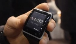 New Archos E-ink Smartwatch Is Coming This Summer E-ink e-Reading Hardware