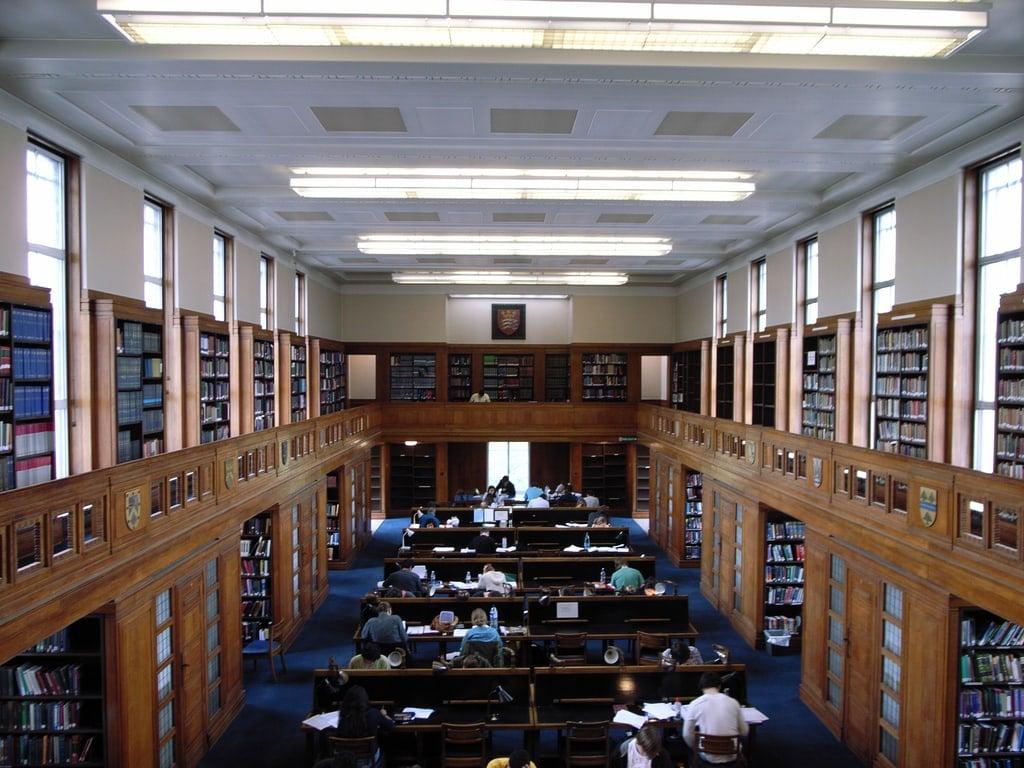 Simon & Schuster Expands Library eBook Program to All US Libraries Digital Library Library eBooks Publishing