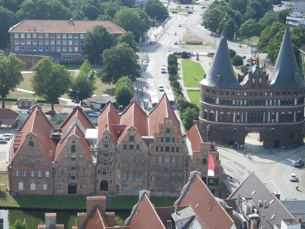 Amazon Faces Antitrust Complaint in Germany Amazon Antitrust Publishing