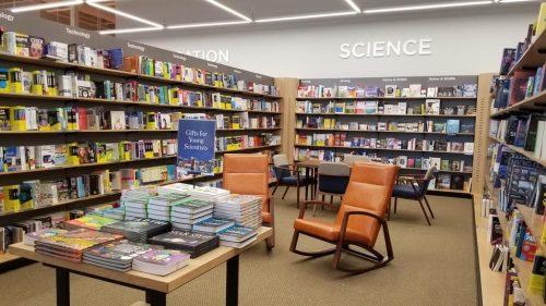 Field Trip: Barnes & Noble at One Loudoun Barnes & Noble